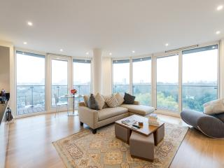 Park View Luxury Central London 2BR - London vacation rentals