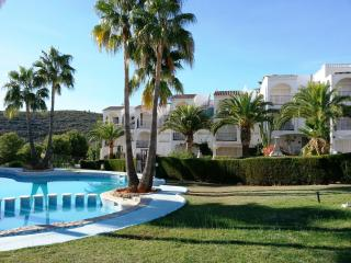 Bright Peniscola vacation Apartment with Shared Outdoor Pool - Peniscola vacation rentals