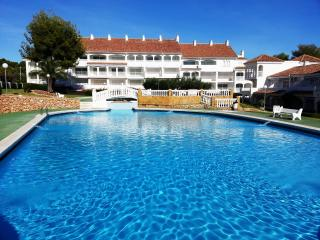 Cozy 1 bedroom Apartment in Alcossebre with Shared Outdoor Pool - Alcossebre vacation rentals