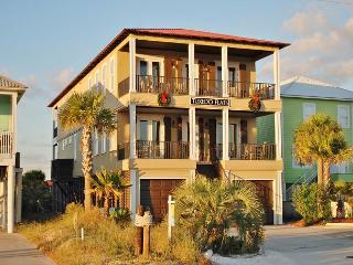 'Tuxedo Flats' POOL, Elevator, Basketball Ct - Gulf Shores vacation rentals