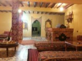 Nice 5 bedroom Bed and Breakfast in Merzouga with Internet Access - Merzouga vacation rentals