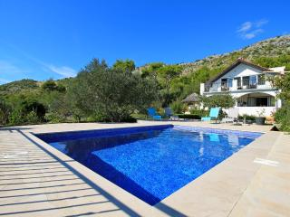 THE CAPTAIN`S HOUSE NEAR OMIŠ - Omis vacation rentals