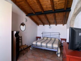 Appartamento Ristrutturato Parma - Parma vacation rentals