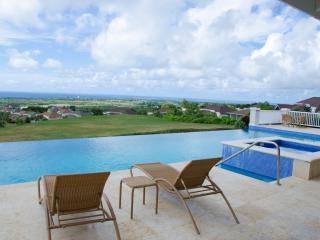 2 bedroom Condo with Internet Access in Maynards - Maynards vacation rentals