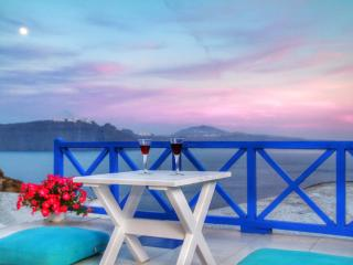 Blu Blanco Cave House by Blu Bianco Vacation Rentals - Oia vacation rentals