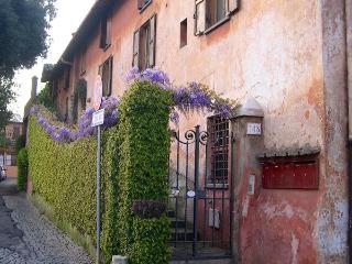 Wisteria Home Rome Ostia Antica - Ostia Antica vacation rentals