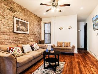 3 Bedrooms Spacious Apartment Victorian Brownstone - Brooklyn vacation rentals