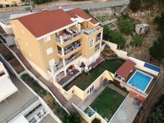 Nice 2 bedroom Apartment in Mimice with Internet Access - Mimice vacation rentals
