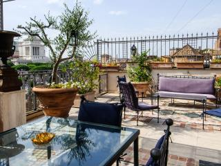 Made in Rome Bed&Breakfast - Room FORI IMPERIALI - Rome vacation rentals