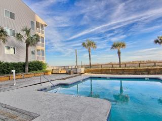 Beautiful and Comfortable Condo in Pelican's Watch - Myrtle Beach vacation rentals