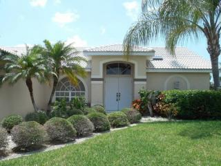3 bedroom House with Dishwasher in Cape Coral - Cape Coral vacation rentals