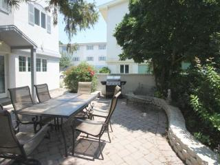 Ocean Block Town home with Two Pools and Country Club Amenities Just a One - Dewey Beach vacation rentals