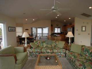 Ocean Block, Spacious and Beautifully Appointed with 3 Decks Sleeping Up to 12 - Bethany Beach vacation rentals