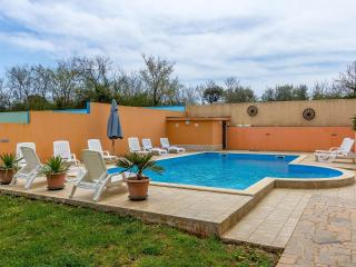 Lovely Banjole Apartment rental with Internet Access - Banjole vacation rentals