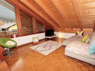 Vacation Apartment in Garmisch-Partenkirchen - 657 sqft, panoramic views, convenient location (# 9166) - Garmisch-Partenkirchen vacation rentals
