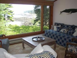 Charming 3 bedroom Boothbay House with Internet Access - Boothbay vacation rentals
