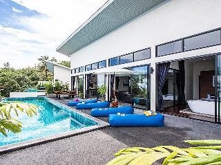 Paritta Sky Villa A – 2 villas with 3 beds each - Laem Set vacation rentals