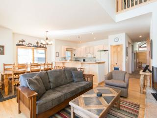 Beautiful Tall Pines townhome -Ski-in/out-HOT TUB - Breckenridge vacation rentals