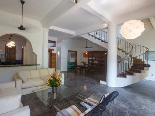 Lovely 3 bedroom Villa in Galle - Galle vacation rentals