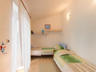 195 Apartment BETTY*** only200m from the sea - Fazana vacation rentals