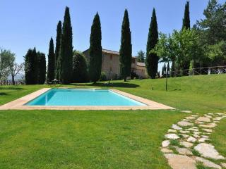 Perfect 6 bedroom Villa in Agello - Agello vacation rentals