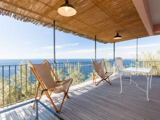 Casa Leyla bright apartment surrounded by the sea - Massa Lubrense vacation rentals