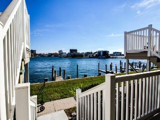 Beautiful bay views & shared pool - close to public tennis! - Ocean City vacation rentals