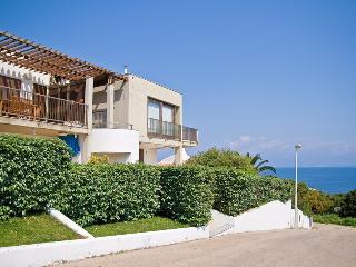 Attico con bellissima vista mare - Santa Teresa di Gallura vacation rentals