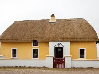 Sutton Cottage Carne, Rosslare Harbour - Rosslare Harbour vacation rentals
