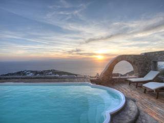 Sea View Villa with Pool in Myconos - Mykonos Town vacation rentals