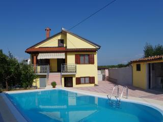 Holiday house Rosa with private pool - Vodnjan vacation rentals