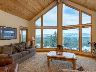 Charming Tahoe Donner Chalet in Truckee - Sleeps 11 - Truckee vacation rentals