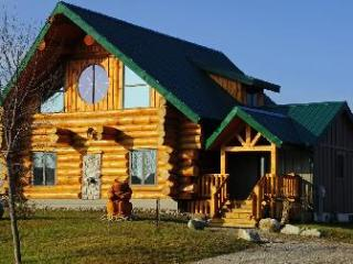 Spacious Cottage with Internet Access and Water Views - Grand Bend vacation rentals
