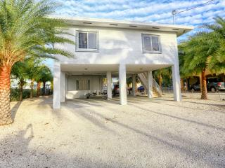 Nice House with Deck and Internet Access - Ocean Reef vacation rentals