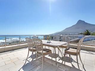 THE ROCKS Camps Bay: Luxury with spectacular views - Camps Bay vacation rentals
