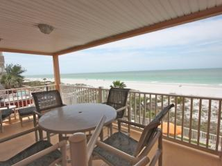 2 bedroom Apartment with Internet Access in Indian Rocks Beach - Indian Rocks Beach vacation rentals
