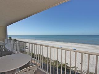Lovely Condo with Internet Access and A/C - Indian Shores vacation rentals