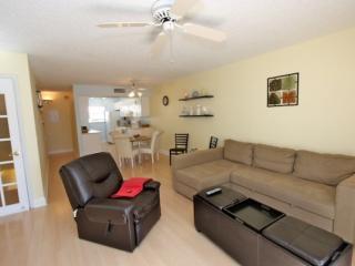 121 Bayview Villas - Indian Shores vacation rentals