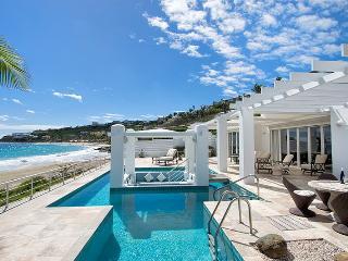 GINGER at Coral Beach Club... Beautiful 3 BR Beachfront Villa right on Dawn Beach! - Dawn Beach vacation rentals