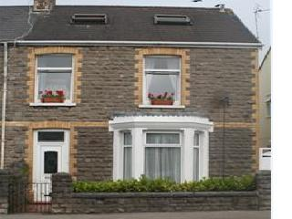 Ty Hapus - Porthcawl vacation rentals