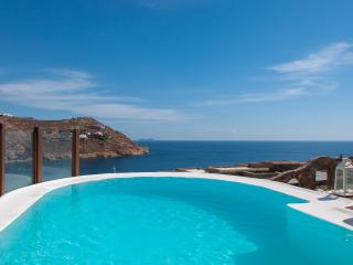 Villa at Super Paradise beach with private pool, Jacuzzi & path to the beach - Mykonos Town vacation rentals