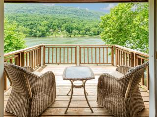 4 bedroom House with Television in Chattanooga - Chattanooga vacation rentals