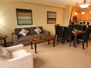 Canmore Lodges 2 Bedroom Premium Condo - Canmore vacation rentals