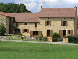 Bright 6 bedroom Marnac House with Internet Access - Marnac vacation rentals