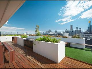 Nice 1 bedroom South Melbourne Condo with Internet Access - South Melbourne vacation rentals