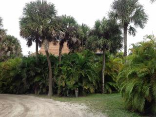 PRIVATE harbor home w/lighted boat/fish dock/kayak - North Captiva Island vacation rentals