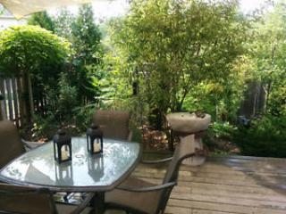 Perfect Studio with Internet Access and A/C - Hamilton vacation rentals