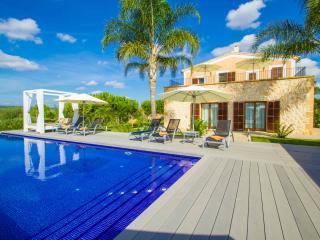 068 Manacor, Luxurious villa - Manacor vacation rentals