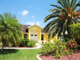Villa Royal Palms Garden-Gulf access, heated pool - Cape Coral vacation rentals