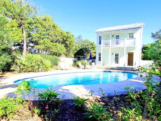 Wildwood Cottage-4BR-PRIVPool*10%OFF April1-May26*-Walk2Bch! - Destin vacation rentals